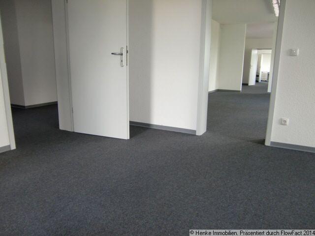 immobilien deutschland frankfurt sch ne b rofl che 300 m 10 zimmer in der berner. Black Bedroom Furniture Sets. Home Design Ideas